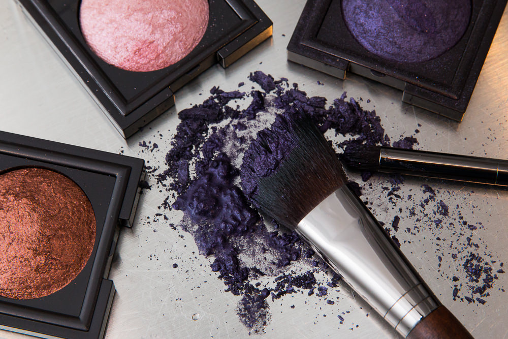 Wet-To-Dry Eye Shadow: A Guide
