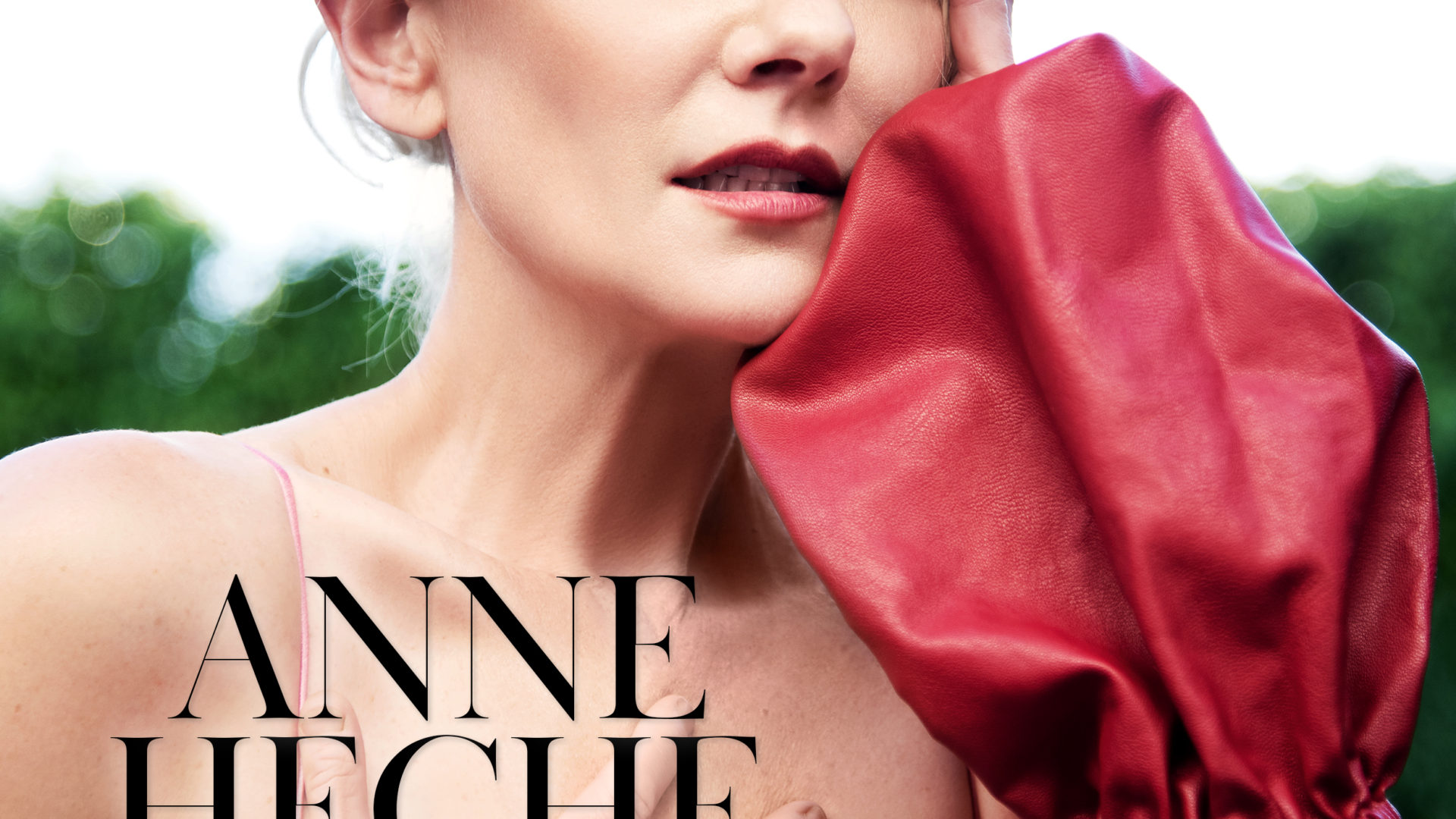 Actress, ANNE HECHE: Interview with the Hollywood Beauty Guru ROBYN NEWMARK